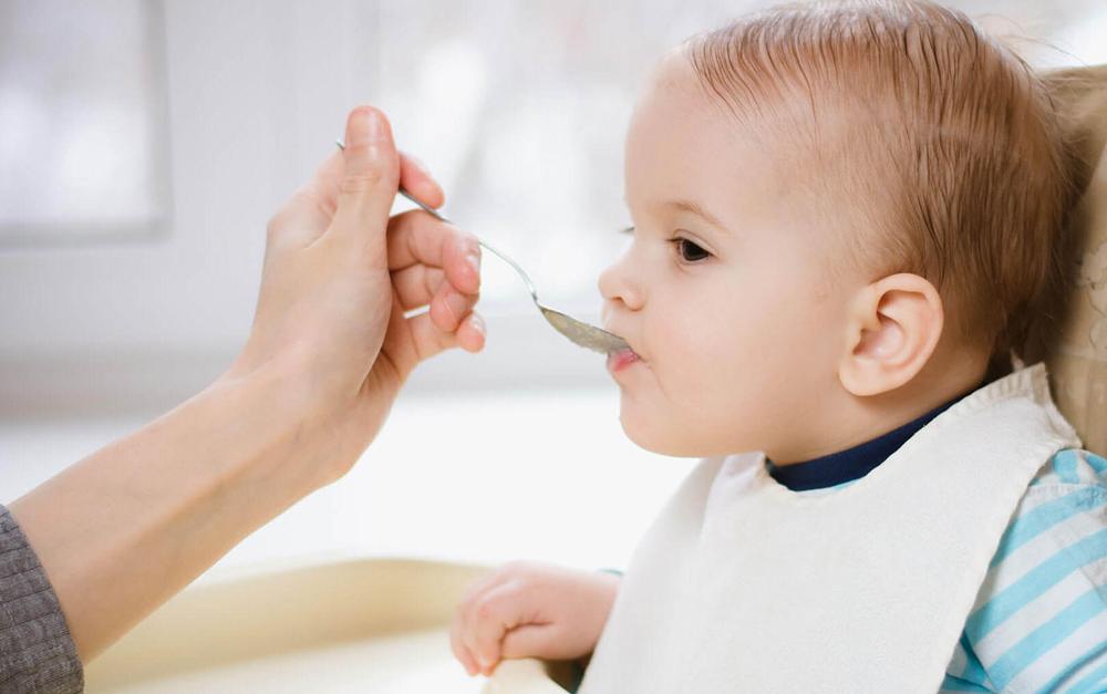 რა ასაკიდან შევთავაზოთ ბავშვს ხორცი, თევზი და კვერცხი