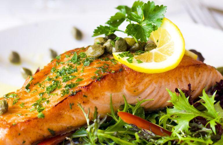 რატომ უნდა იყოს თევზი თქვენი კვების რაციონში?